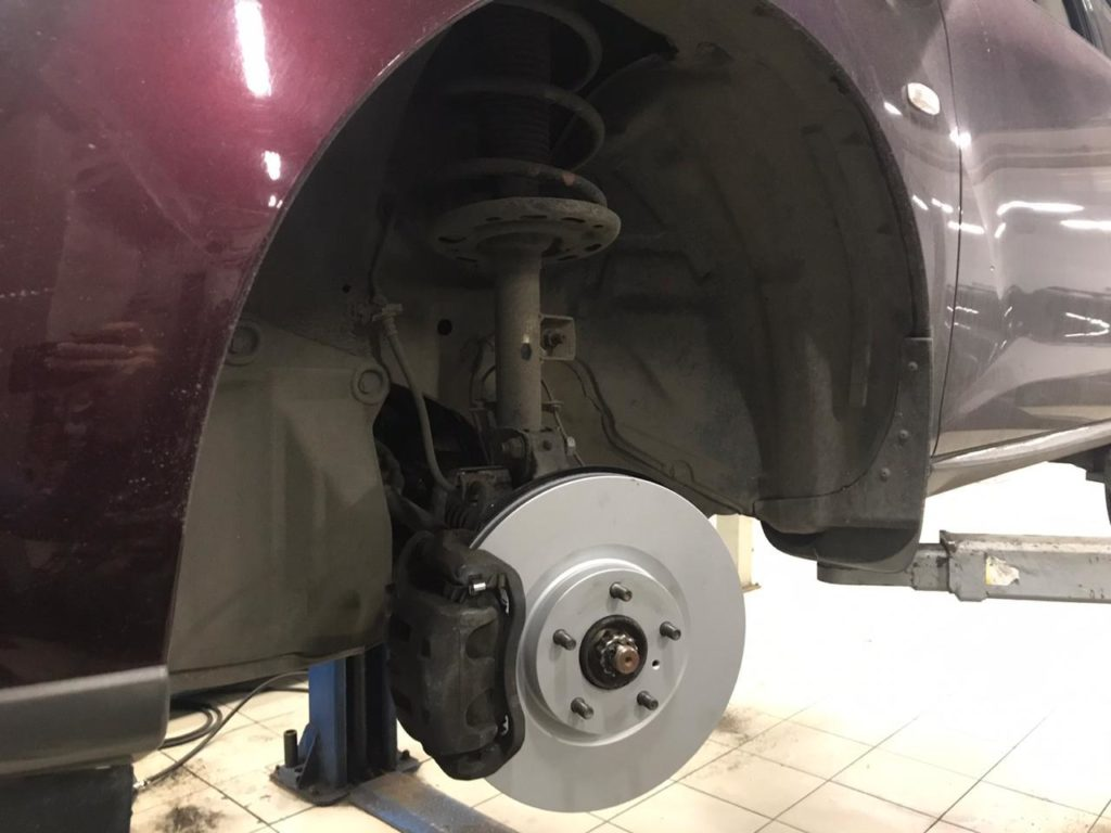Замена тормозных дисков тойота камри
